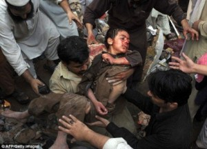 Drone che bombarda corrisponde a un musulmano morto.