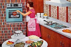 Le pubblicit che evocano il modello di donna anni 50 for Cucinare anni 50