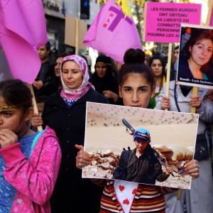 Femmes-kurdes-Marseille-22_11_14-07-1024x1024