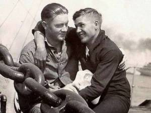 cute-gay-couple-vintage-photo